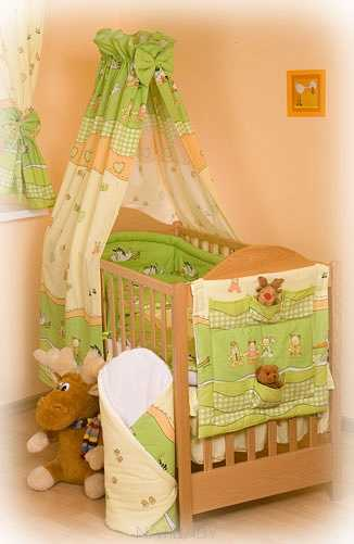 Storks in green Seersucker bedclothes (12 pieces set)