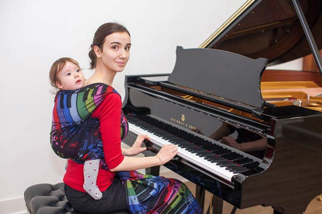 baby wrap and piano